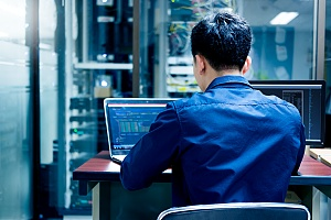 it technician performing managed it services duties for a manhattan new york business