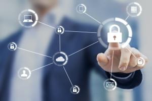 man locking is online security